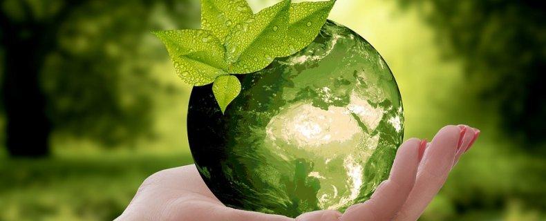 Isolatie; CO2 uitstoot verminderen en een hoger wooncomfort.