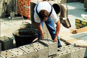 Monolitisch bouwen met gezond bouwen met KLB bouwblokken